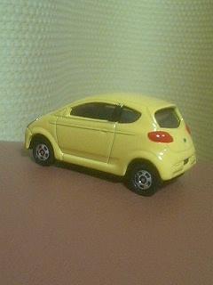 トミカ111スバルR1(初回限定カラー)